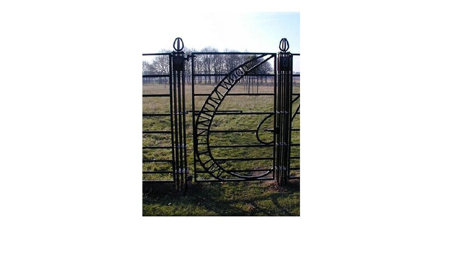 Estate Fencing Manufacturers And Suppliers